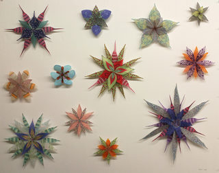 20141018171113-parisi_kaleidoscopicwallflowers_32x40_hr