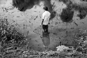 20141025064431-gauri_gill_fields_of_sight_fishing_scene_ink_on_archival_pigment_prints_unique_prints_24_in_x_16_in_2014
