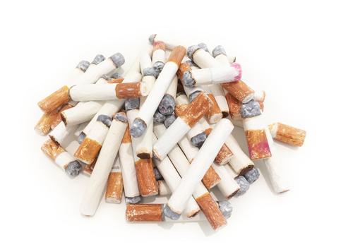 20141026000543-hall_s__cigarettes_