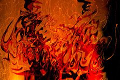 20141111220615-fire-shadows_-_copia