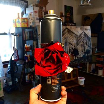 20141115204353-spraycan