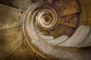 20141123151459-staring_stairwell_patricksmyth_01-7521