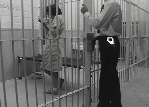 20150120160032-4_tony-conrad_women-in-prison_1982_still_3
