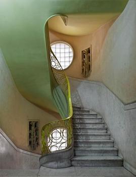 20150323151121-deco_stairwell_2_havana_20142