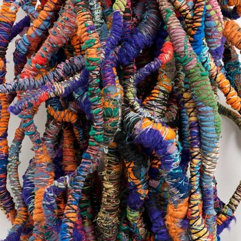 20150219155727-150223_sheila_hicks_foray_into_chromatic_zones_web