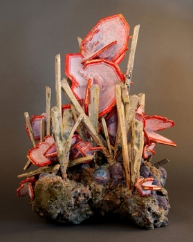20150318154314-renee_brown_wulfenite_with_cerussite_stellenite_botryoidal_plumium_web