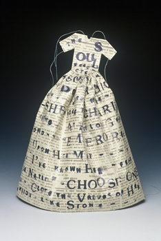 20150330104745-dill_poem_dress_large