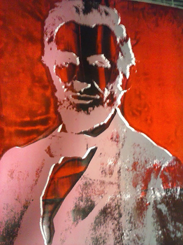 20150404012010-red_lincoln