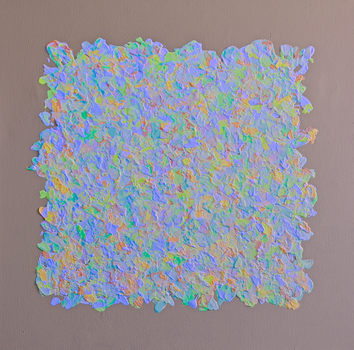 20150507184048-white_noise_2_in_mixed_uv_and_studio_light_c