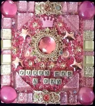 20150516002245-queen4aday