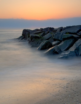 20150526154737-ori-nancy-sunset_beach-6