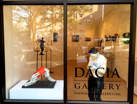20150602182235-dacia_gallery_front_view_setup_day-l-bob_clyatt_sculpture