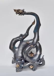 20150611230926-dragon_branch