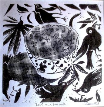 20150707085741-bowl_on_a_bird_cloth
