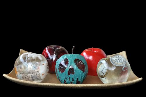 20150714050526-apple_vices_brittany_ellis