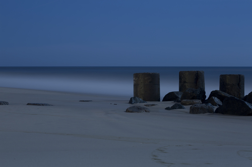 20150724152946-moonlight_cylinders_015_0898