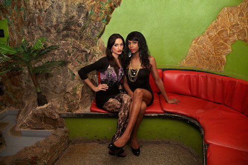 20150831180722-transcuba__lady_and_laura__at_the_las_vegas_club__havana__mariette_pathy_allen__digital_c-print__courtesy_of_yeelen_gallery_web