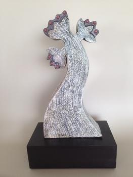 20150915010041-escultura_cruz_medieval