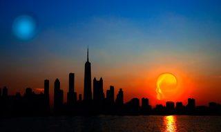 20150930004455-csa_portfolio_sun_moon_skyline