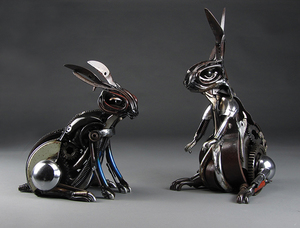 20151009163506-jud_turner__blackberry_41x35x25cm__and_silver_51x30