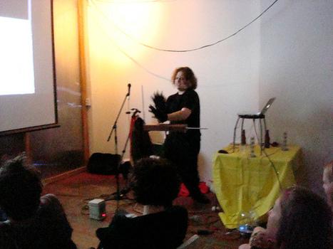 Jason-playing-theremin-in-gorilla-glkoves-500