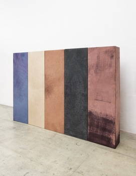 20151111143845-anneliese_schrenk_ko_rper_5_pieces_2015_reworked_leather_on_wood_construction_182x56x28cm_each_courtesy_of_circle_culture_gallery
