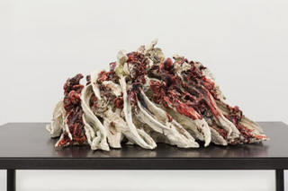 20160105170424-anne_wenzel__attempted_decadence__2015__ceramics__35x60x70_cm_web