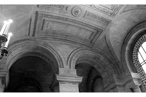 20160229001941-ny_library_interior