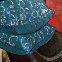 20160301015122-blue_pillow_stack_on_flrral_matress