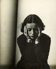 20160319160727-lore-kruger-portrait-1938