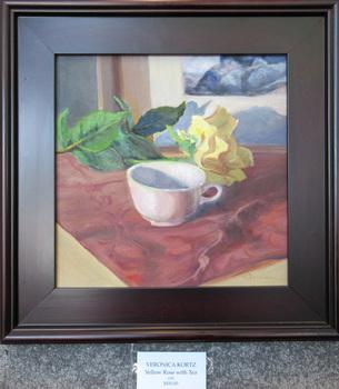 20160409213149-veronica_kortz-yellow_rose_with_tea-_450-2