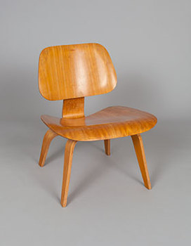 20160417143812-exh_modern-chair_main_5