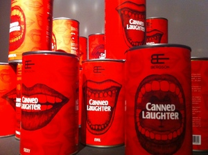 20160418125025-canned_laughter