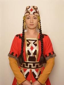 20160519162921-armenian_woman