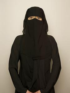 20160519163345-saudi_arabian_woman