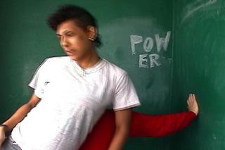 Pow_still