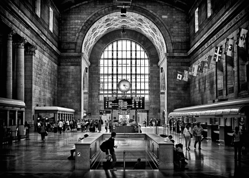 20160620115837-toronto_union_station_323_pm_5x7