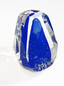 20160702191646-glass-sculpture-blue-1