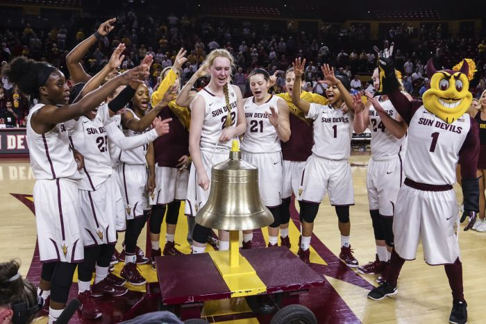 Womens Basketball Team Photo Victory