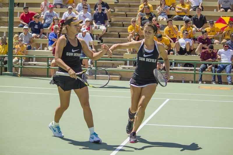Desirae Krawczyk Stephanie Vlad- tennis