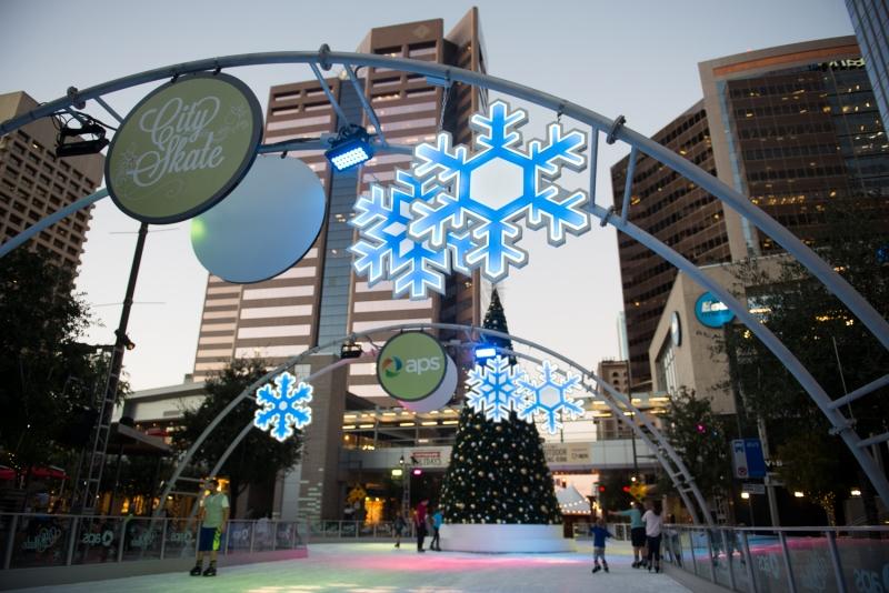 Say 'ho ho ho' to these 10 jolly holiday events
