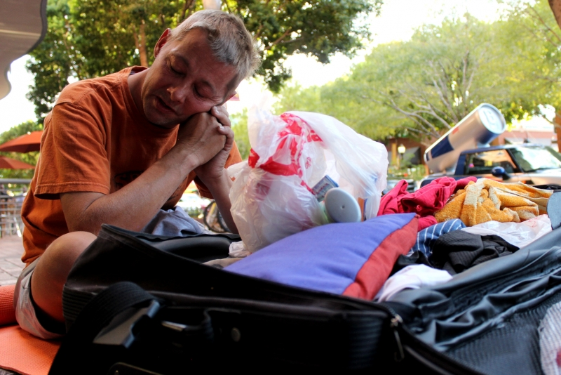 homelessness in tempe Tempe has no shelters, no homeless resource centers, and very few services available to help the homeless get off the streets as it is, and fining and arresting them for sitting on the sidewalk only perpetuates the problem of homelessness.