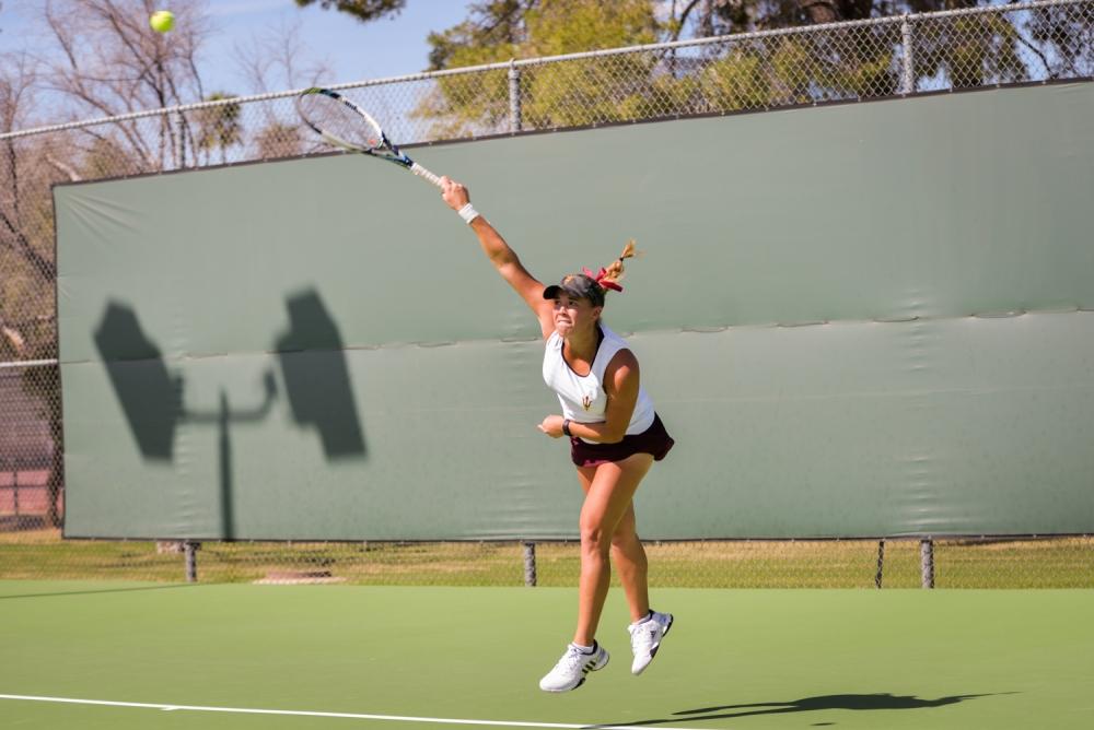 32115_tennis_california__3416_bauerleffler_0011f