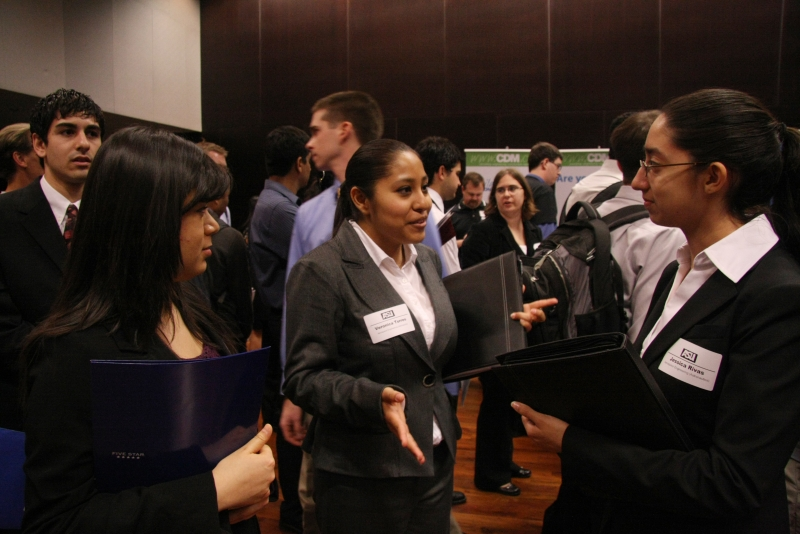 ASU Career and Internship Fair in 2013 (2)