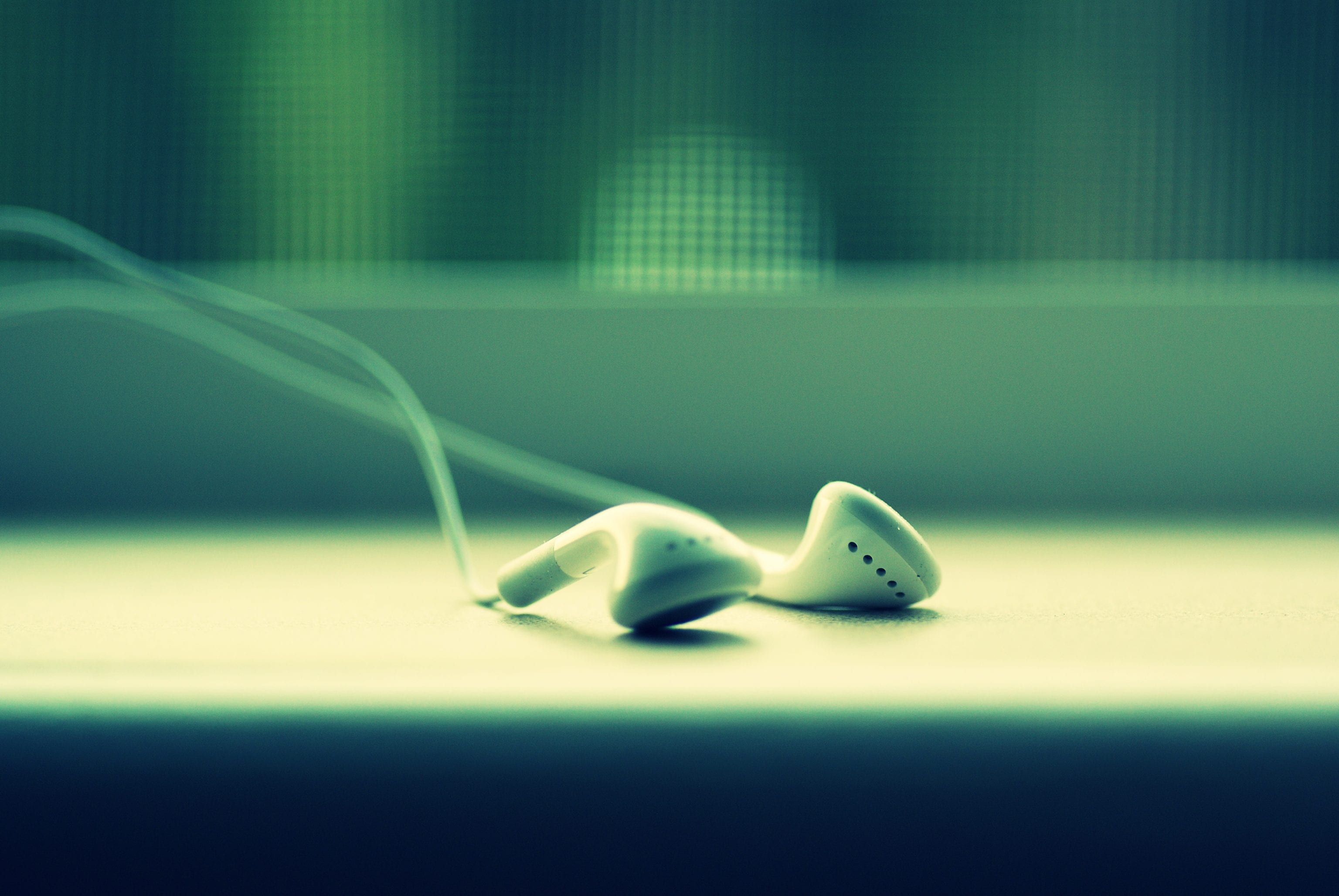 Todays Headphones Could Lead to Tomorrows Hearing Loss 1
