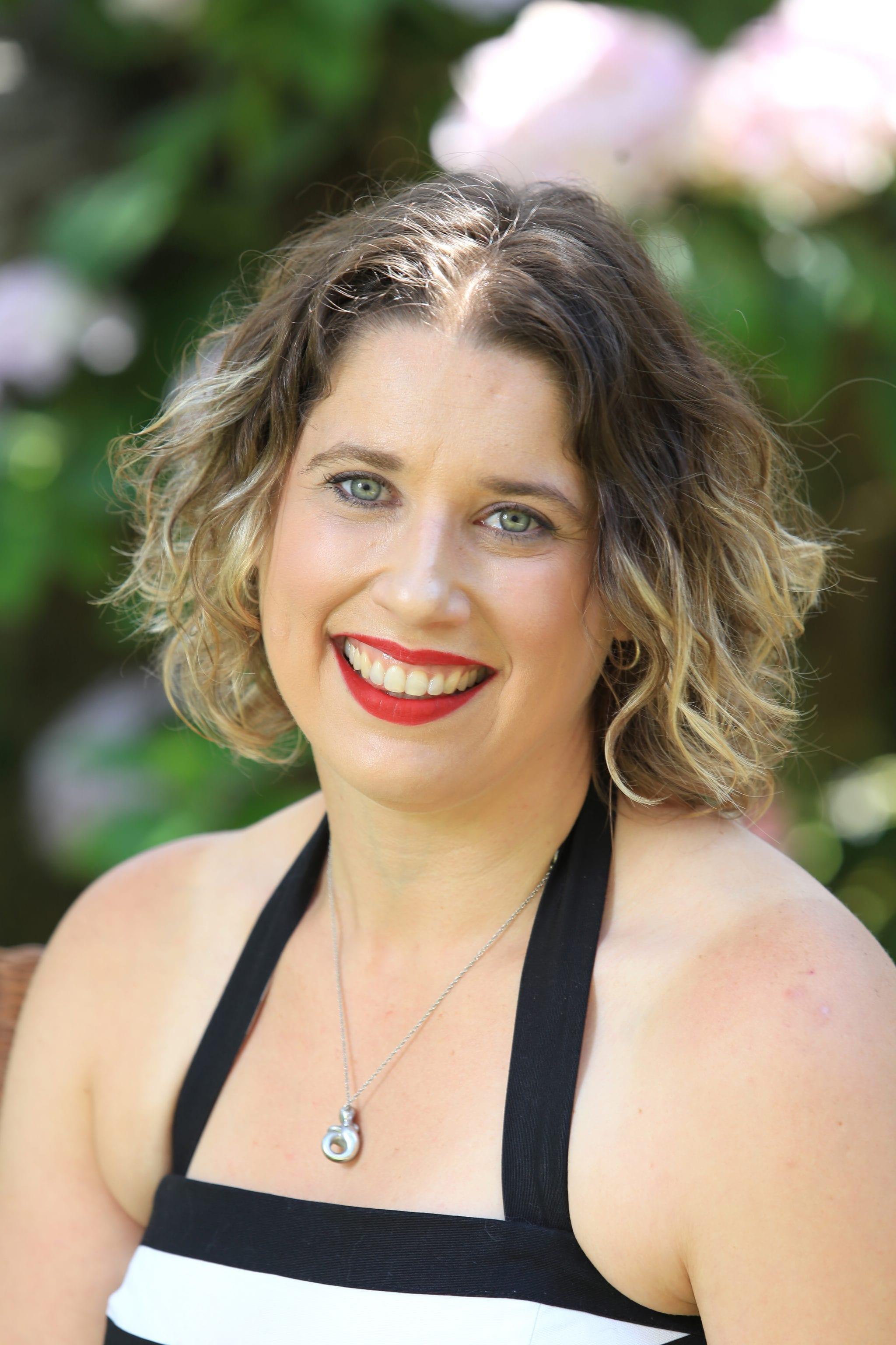Megan Solow : H.I.S.