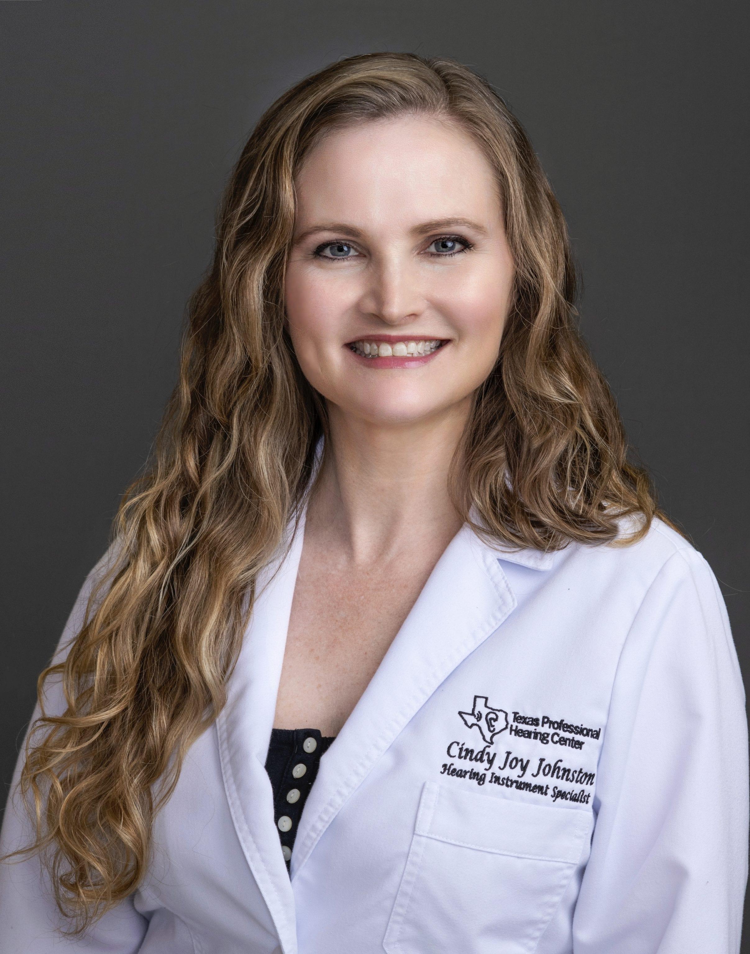Cindy Joy Johnston : Hearing Instrument Specialist