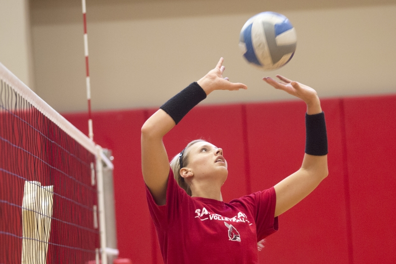 WOMEN'S VOLLEYBALL: Jenna Spadafora embraces leadership role