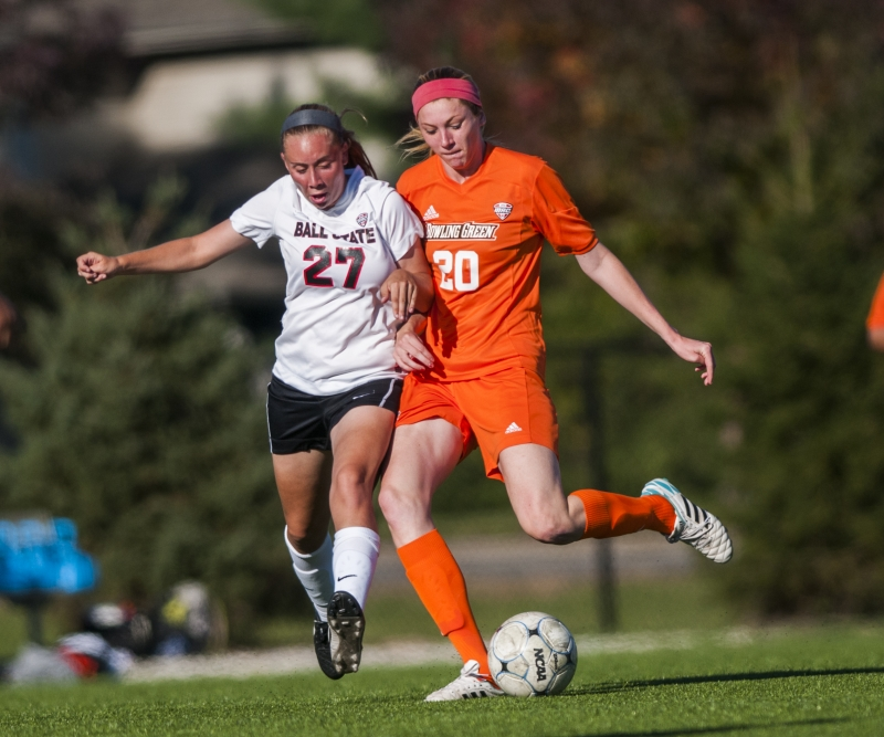 SOCCER: Cardinals open MAC play with split