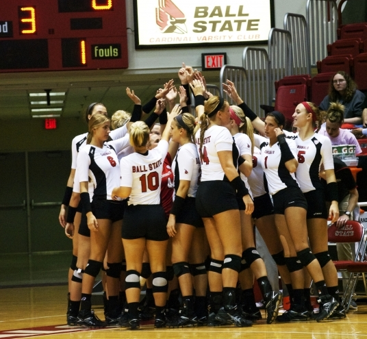 WOMEN'S VOLLEYBALL: Ball State bounces back from loss, sweeps Kent State